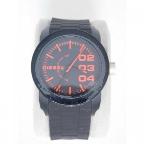 Reloj para hombre marca Diesel Negro rojo
