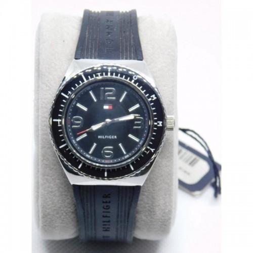 Reloj para dama marca tommy Negro